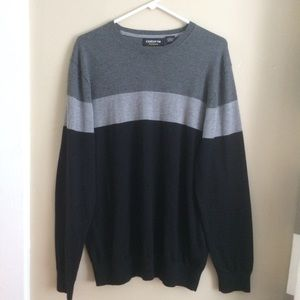 Claiborne Performance Gray Crewneck Sweater, Large